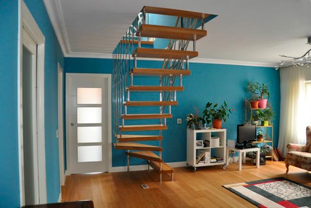 Escaleras martinez lastra escalera suspendida con for Escaleras suspendidas